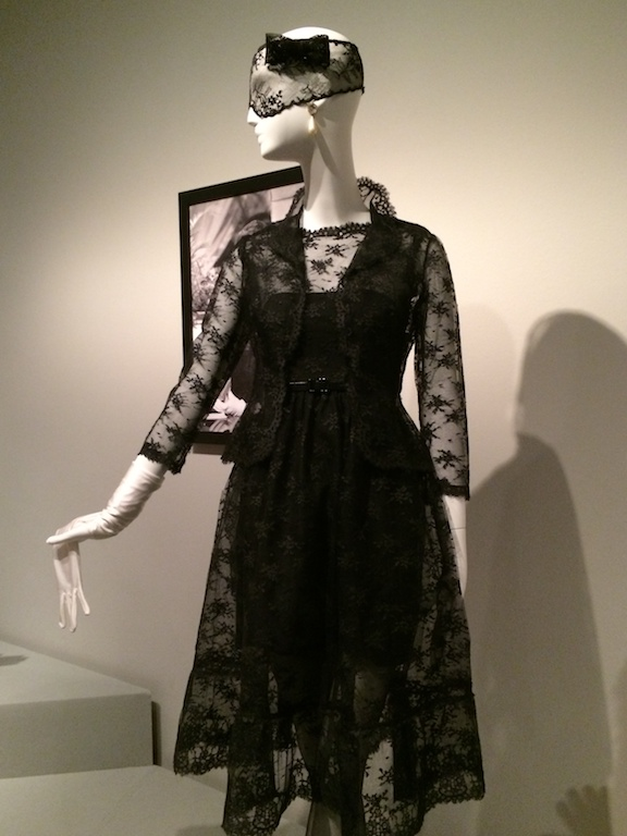 Audrey Hepburn, LBD, little black dress, Givenchy, museo Thyssen, alta costura, pret a porter, lifestyle, moda