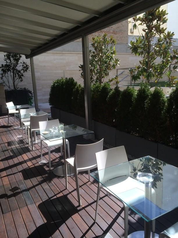 La terraza de la cafetería