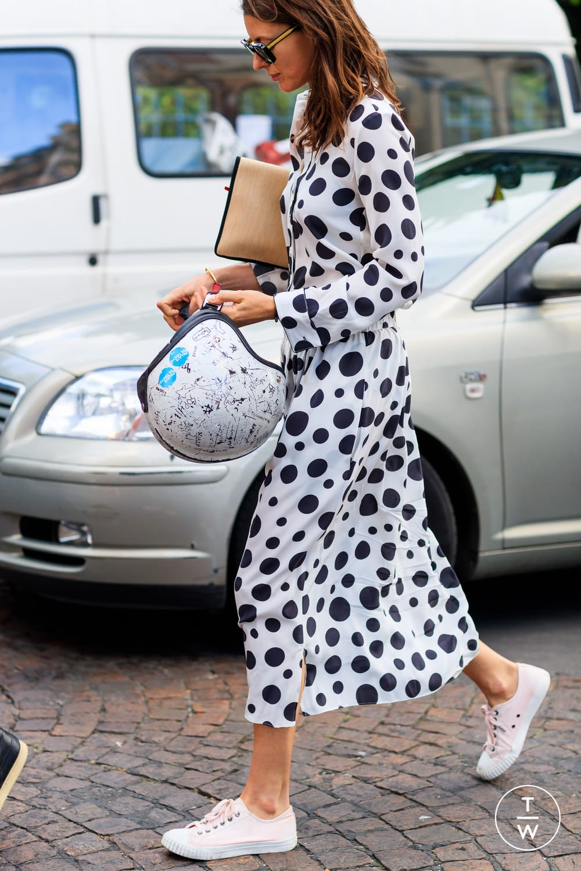 moda lifestyle verano ciudad vestido lunares street style